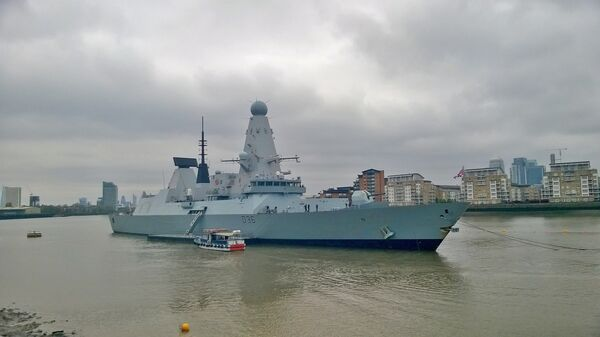 Британский эсминец Type 45 HMS Defender в Гринвиче - Sputnik Italia