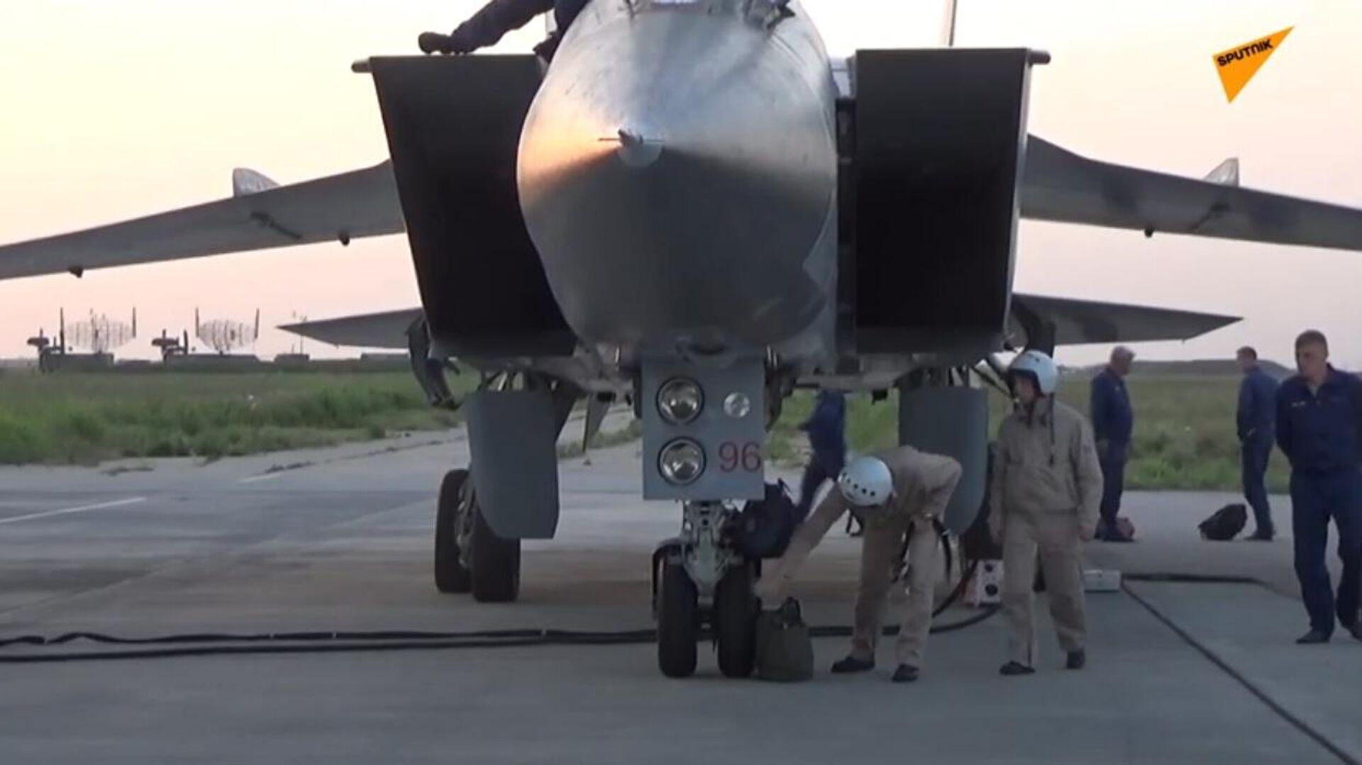 Jet russi MiG-31K in grado di essere armati con missili ipersonici arrivano in Siria - Sputnik Italia, 1920, 25.06.2021