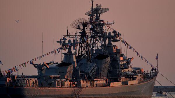 Сторожевой корабль Сметливый в бухте Севастополя - Sputnik Italia