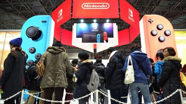 Поклонники Nintendo в Токио - Sputnik Italia