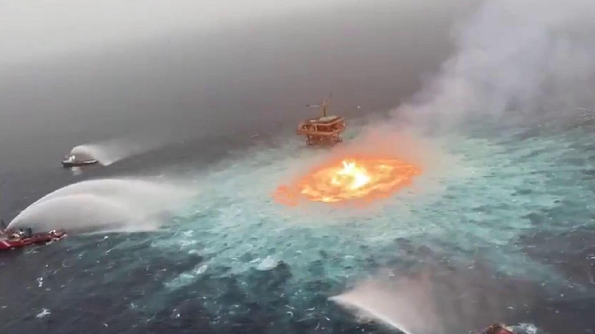 Incendio sottomarino nel Golfo del Messico - Sputnik Italia, 1920, 03.07.2021