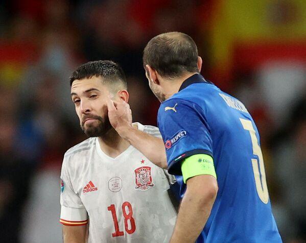 E' stata un'autentica sofferenza, sia per i calciatori in campo che per i tifosi allo stadio e davanti alla tv, ma alla fine Wembley si tinge di azzurro e al rigore decisivo di Jorginho la festa è tutta italiana. - Sputnik Italia