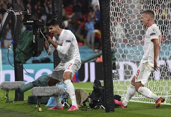All'80° c'è il pareggio della Spagna: lo sigla Alvaro Morata, entrato in campo nei primi minuti della ripresa. - Sputnik Italia