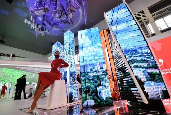 Sebbene l'Italia sia ampiamente conosciuta per i suoi prodotti in settori ormai tradizionali, è assolutamente in grado di competere per qualità in comparti industriali caratterizzati da un elevatissimo valore tecnologico. - Sputnik Italia