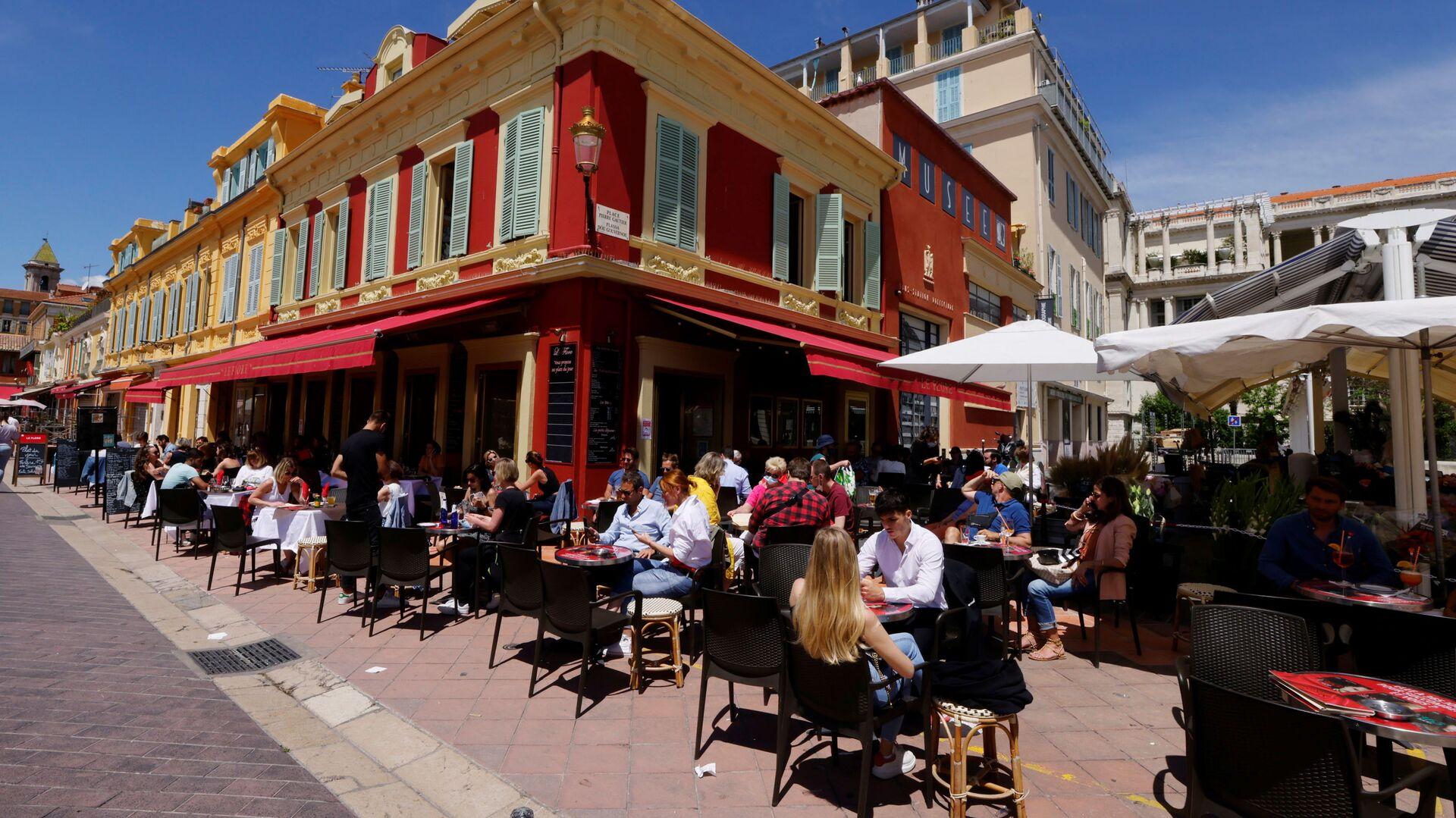 Un bar a Nizza - Sputnik Italia, 1920, 13.07.2021