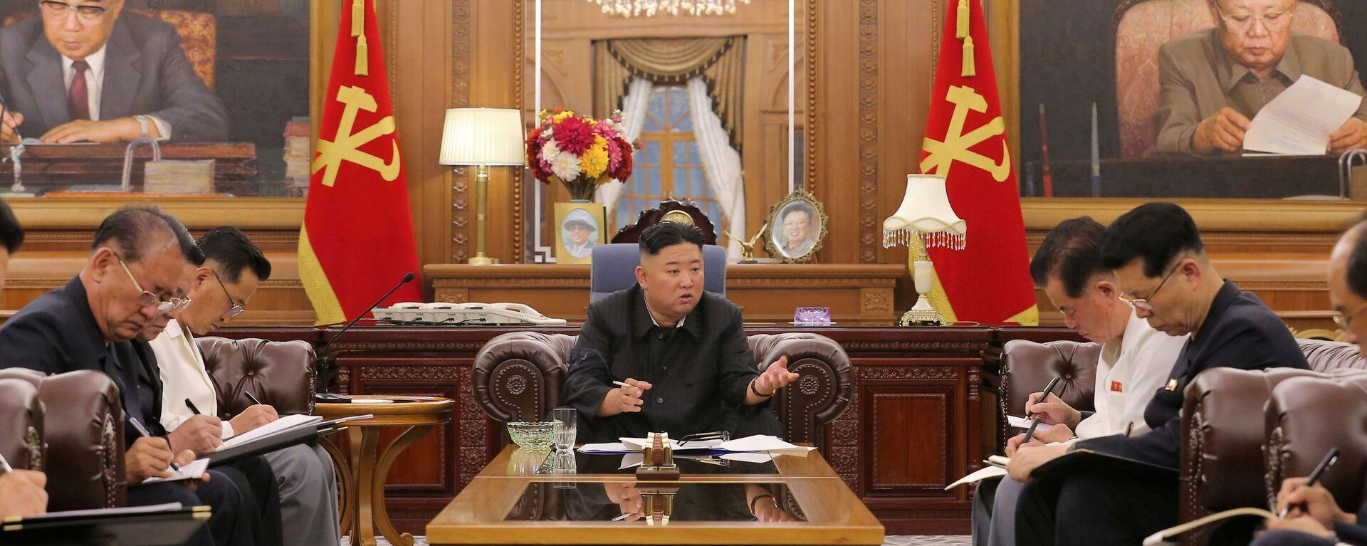 Il leader della Corea del Nord Kim Jong-un - Sputnik Italia, 1920, 13.07.2021