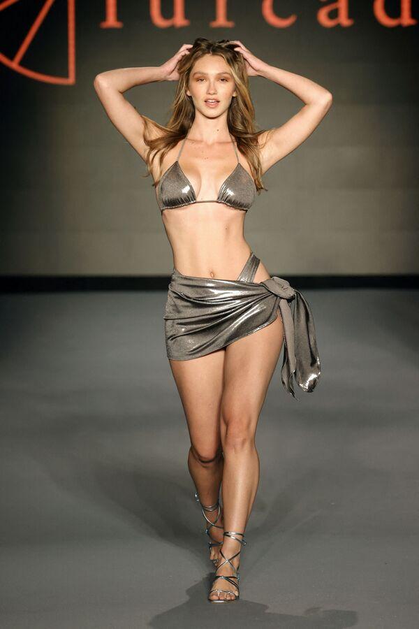 Miami Swim Week è lo spettacolo di costumi da bagno e beachwear più brillante al mondo. - Sputnik Italia