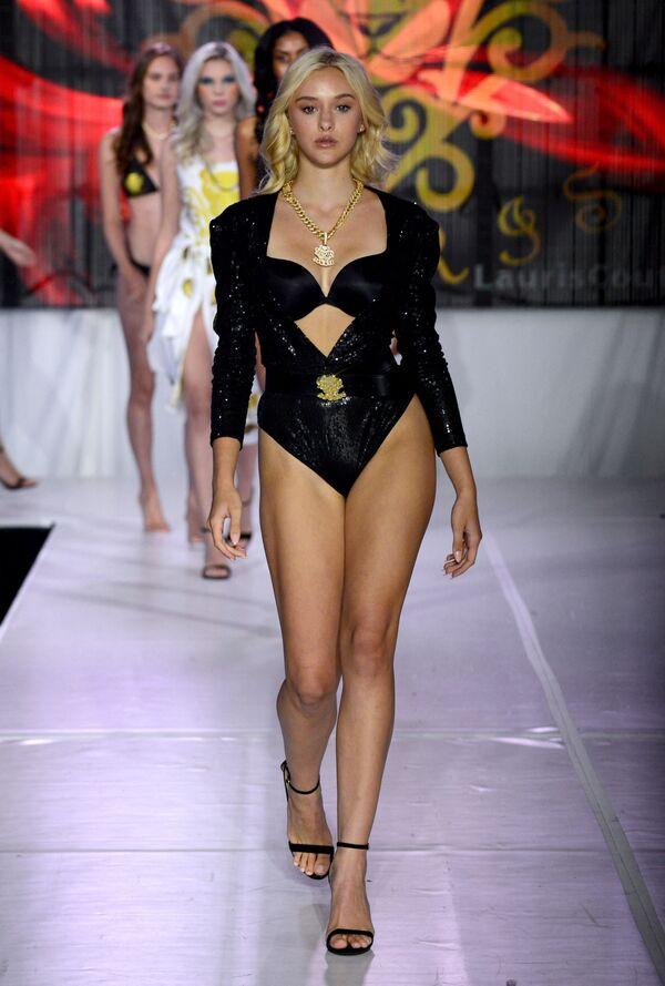 Gigi Michele partecipa alla sfilata di moda ad Orlando, Usa.  - Sputnik Italia