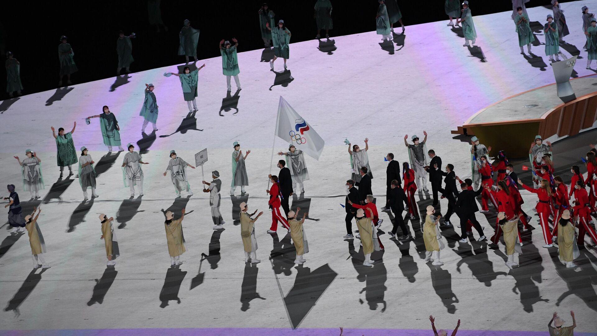 Gli atleti russi alla cerimonia inaugurale delle Olimpiadi di Tokyo. - Sputnik Italia, 1920, 02.08.2021