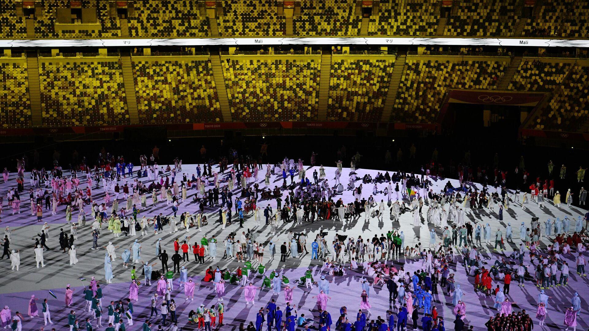 La sfilata degli atleti alla cerimonia di apertura delle Olimpiadi a Tokyo. - Sputnik Italia, 1920, 25.07.2021