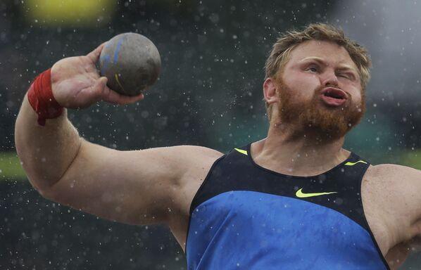 Atleta americano Kurtis Roberts nelle selezioni di atletica a Eugene, nell'Oregon, non ha passato la qualificazione per le prossime olimpiadi per il lancio del peso.  - Sputnik Italia