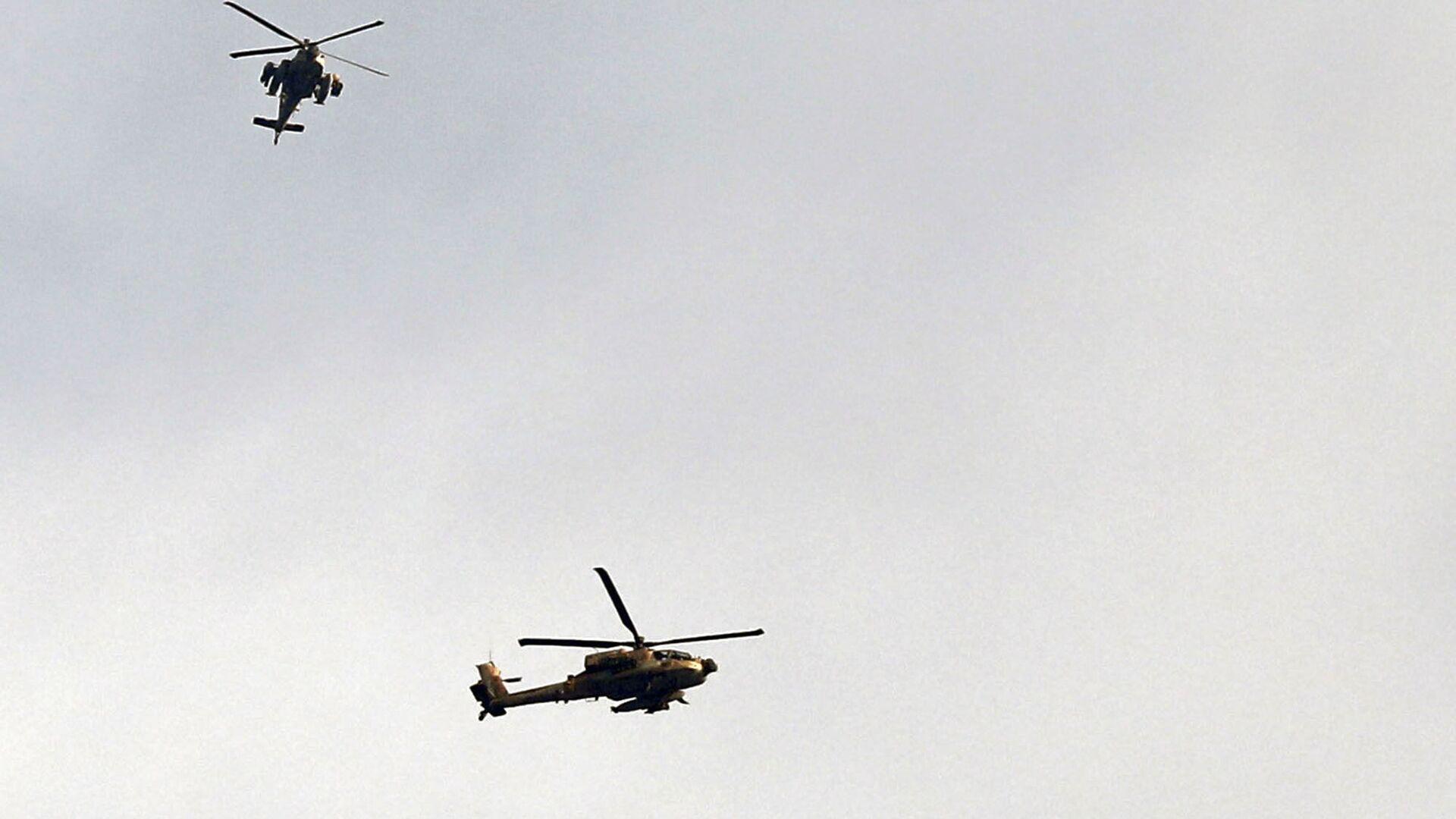 Elicotteri israeliani al confine con la Striscia di Gaza - Sputnik Italia, 1920, 01.08.2021