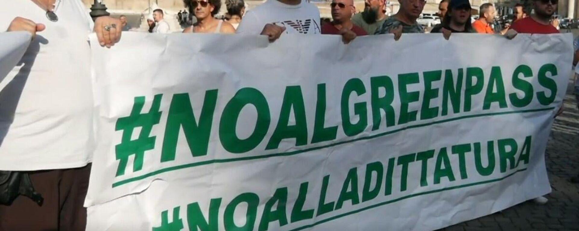 No Green Pass: manifestazione in piazza del Popolo - Sputnik Italia, 1920, 01.08.2021