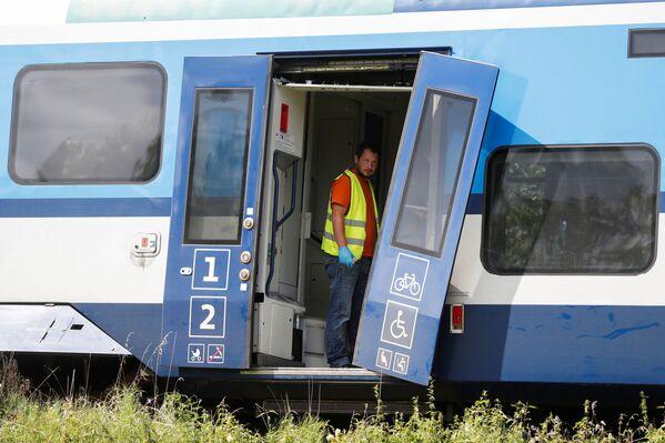 Secondo i quotidiani locali, i due treni oggetto dello scontro sarebbero il treno EX 351 e il treno OS 7406. - Sputnik Italia