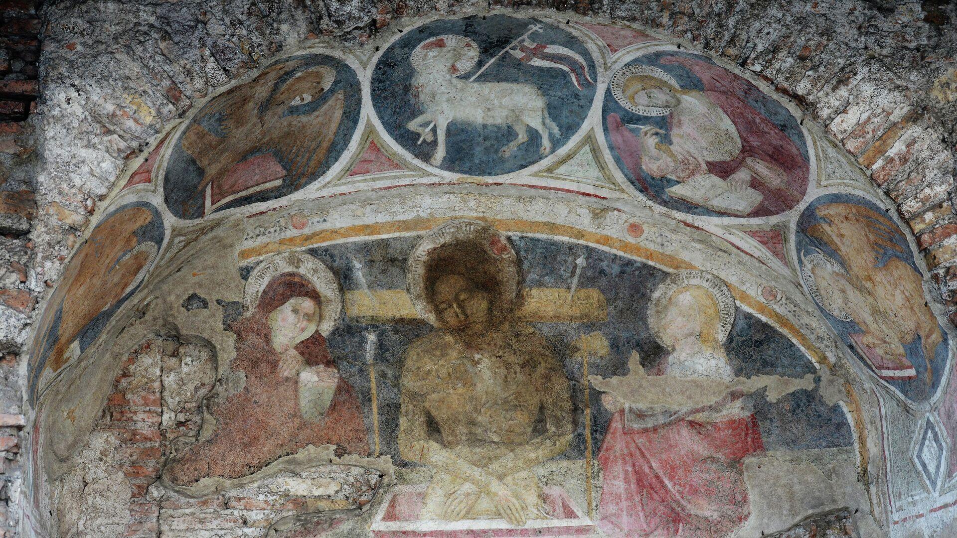 Affresco con Gesù Cristo e Maria Vergine nell'Insula Dell'Ara Coeli a Roma - Sputnik Italia, 1920, 07.08.2021