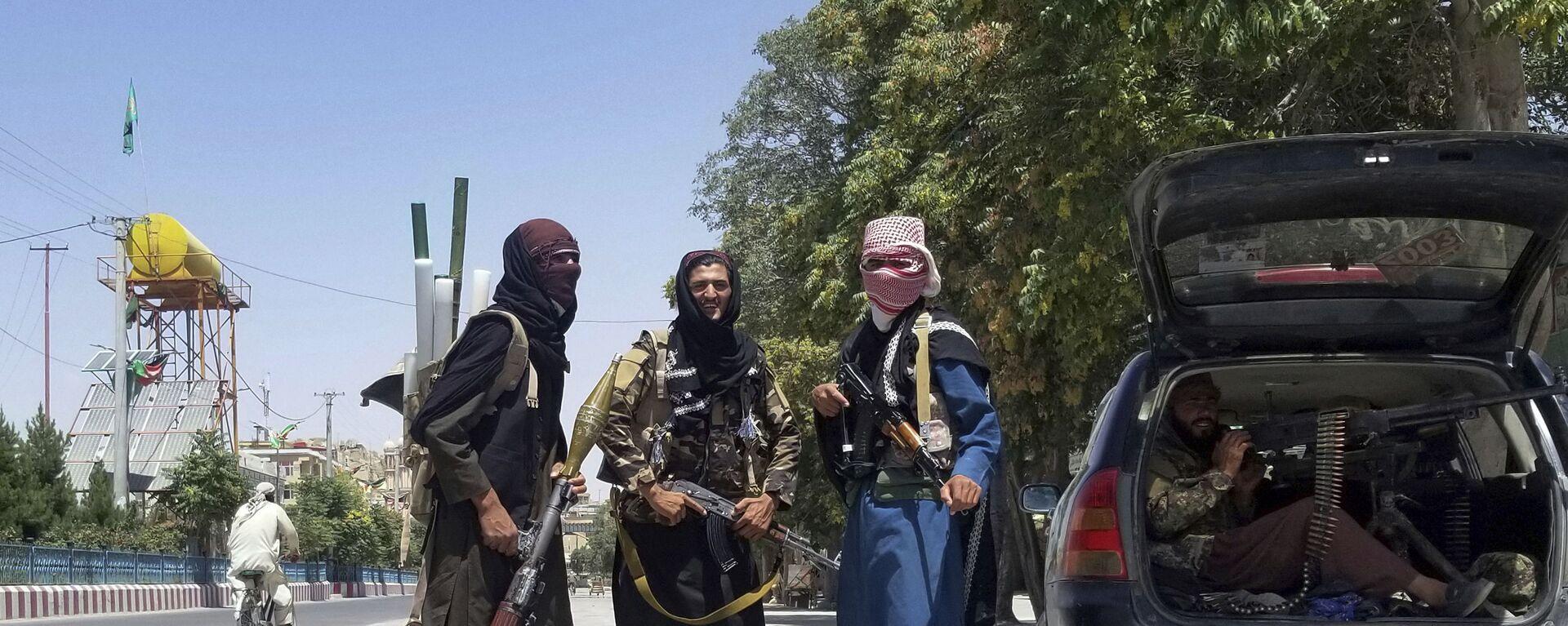 I talebani (organizzazione terroristica vietata in Russia) nella città di Ghazni - Sputnik Italia, 1920, 19.08.2021