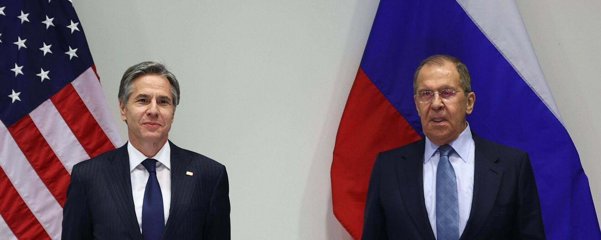 Il ministro degli Esteri russo Sergey Lavrov e il segretario di Stato degli USA Antony Blinken - Sputnik Italia, 1920, 16.08.2021