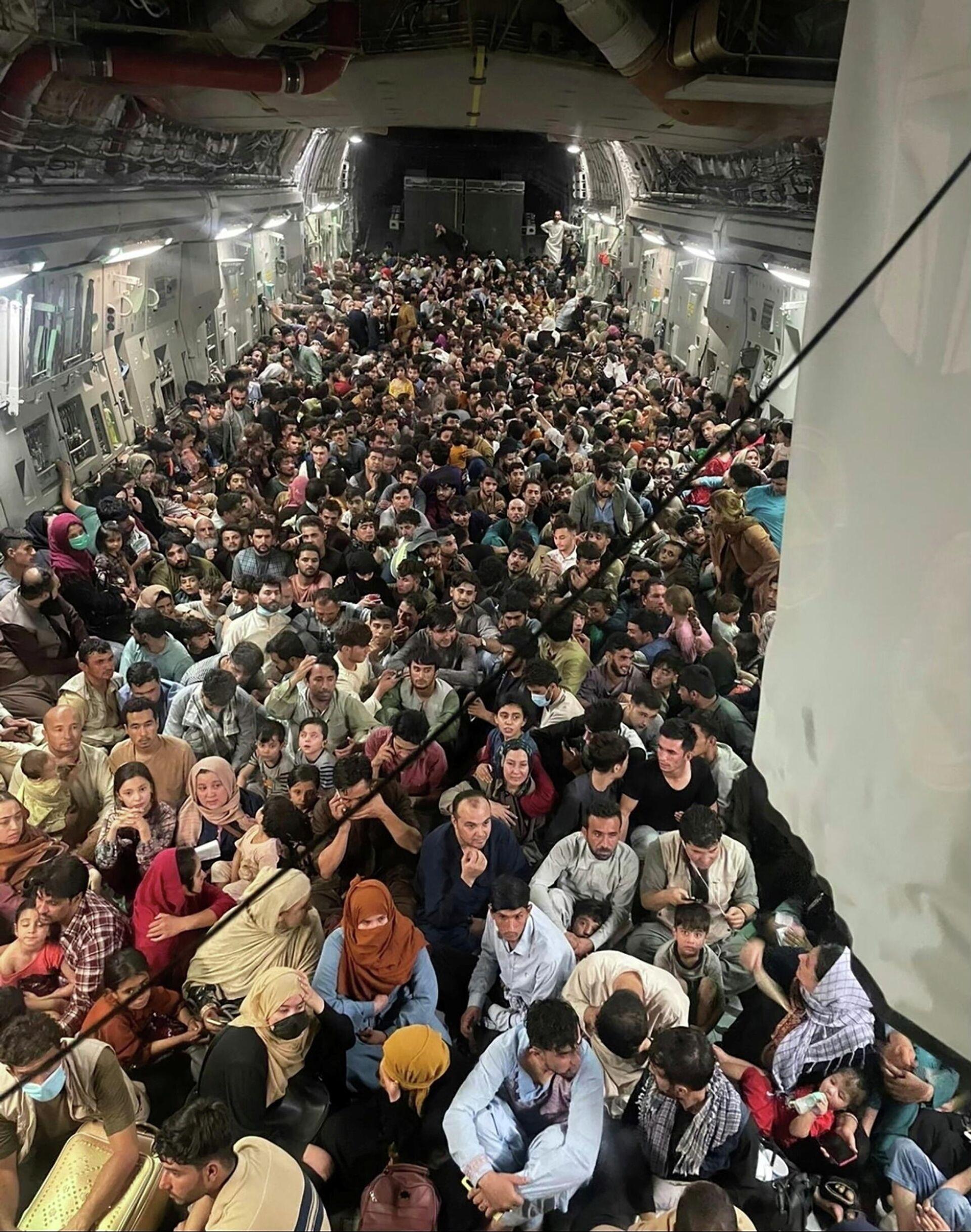 Un salvataggio scioccante di 640 civili afgani in un solo volo - Sputnik Italia, 1920, 17.08.2021