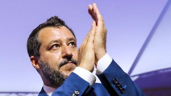 Премьер-министр Италии Маттео Сальвини в Коимбре   - Sputnik Italia