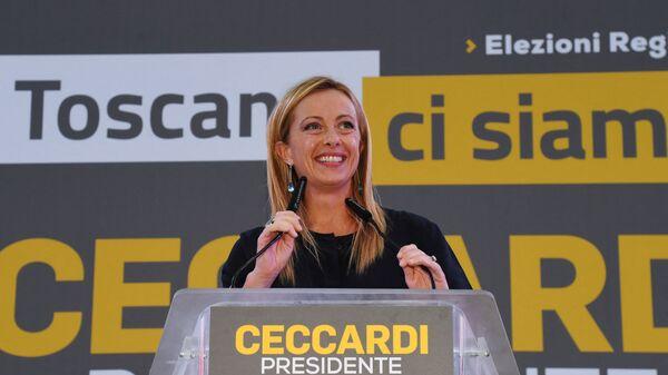 Лидер партии Братья Италии Джорджа Мелони во Флоренции  - Sputnik Italia