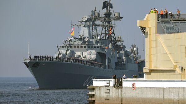 Большой противолодочный корабль Вице-адмирал Кулаков - Sputnik Italia