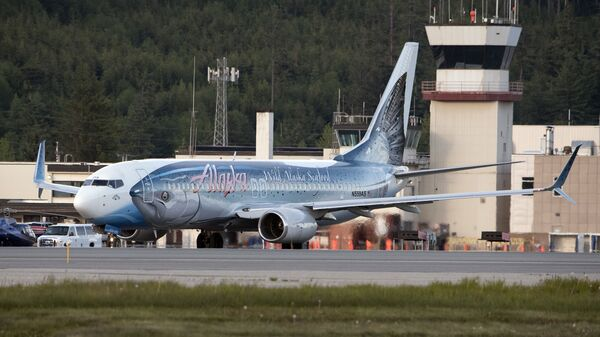 Самолет авиакомпании Alaska Airlines - Sputnik Italia
