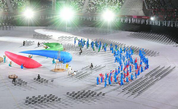 Nella cerimonia d'apertura, tenutasi nel nuovissimo Stadio Nazionale, è andato in scena uno spettacolo di canti e balli. - Sputnik Italia