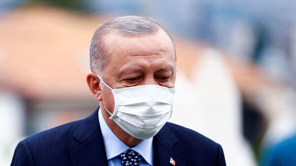 Президент Турции Тайип Эрдоган в Сараево  - Sputnik Italia