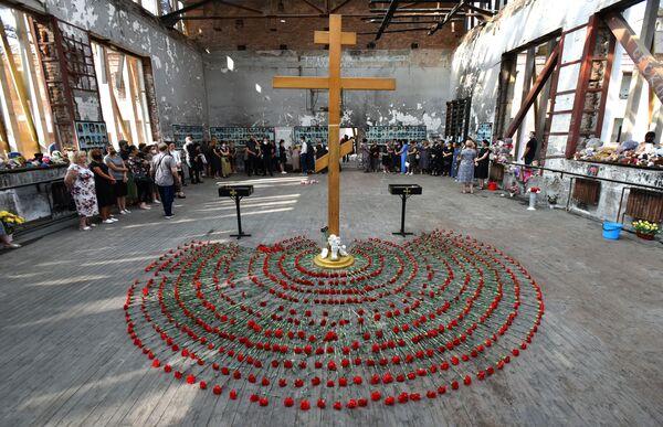 Il 1° settembre la Russia ricorda il 17° anniversario della strage nella scuola di Beslan, nella repubblica dell'Ossezia del Nord. - Sputnik Italia