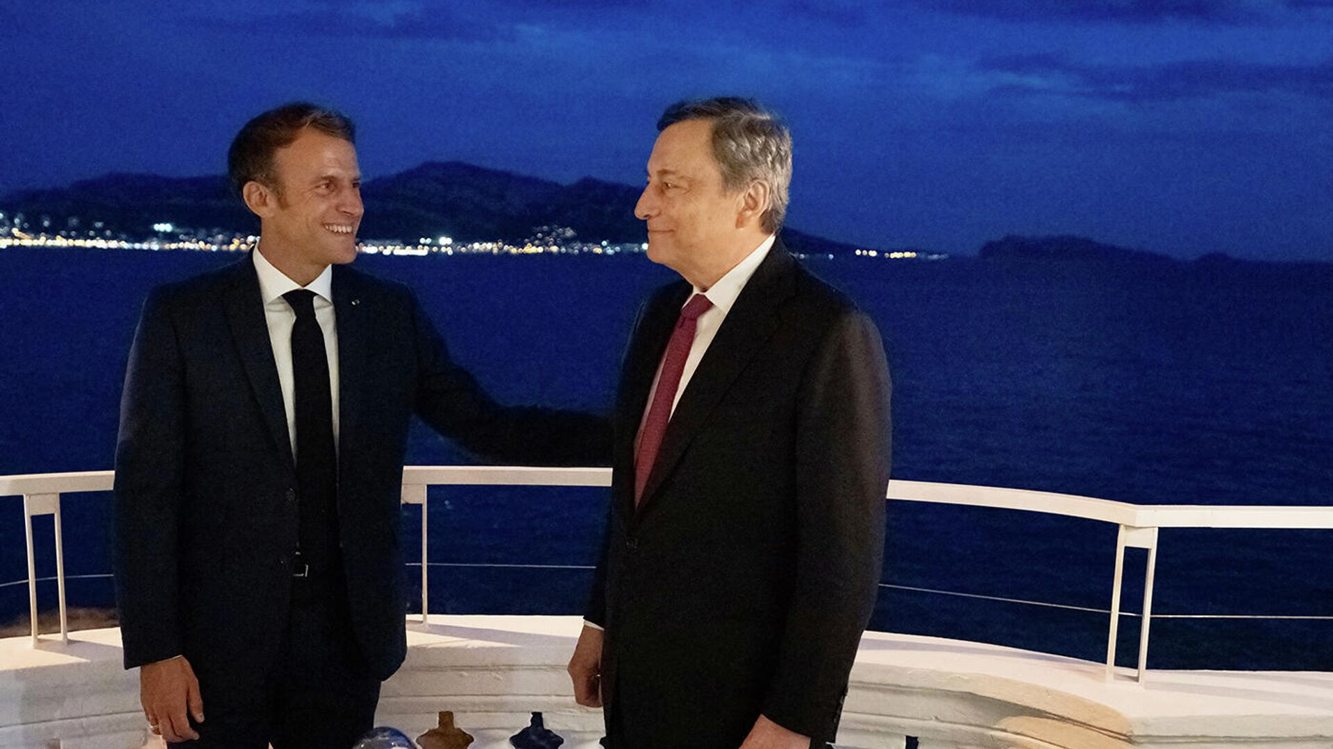 Incontro Draghi - Macron a Nizza - Sputnik Italia, 1920, 03.09.2021