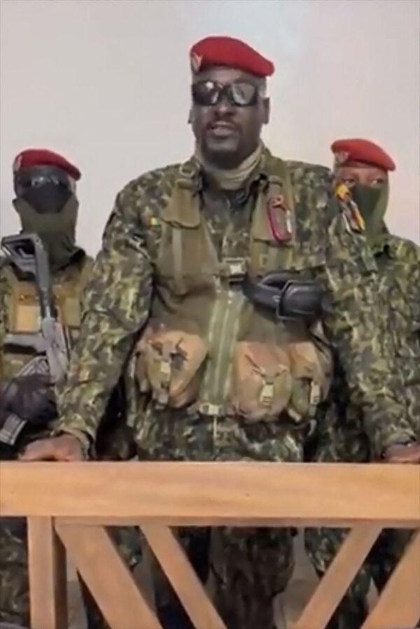 I ribelli avrebbero arrestato il presidente della Guinea Alpha Condé: il presidente è stato arrestato dalle forze speciali guidate dal colonnello Mamady Doumbouya. - Sputnik Italia
