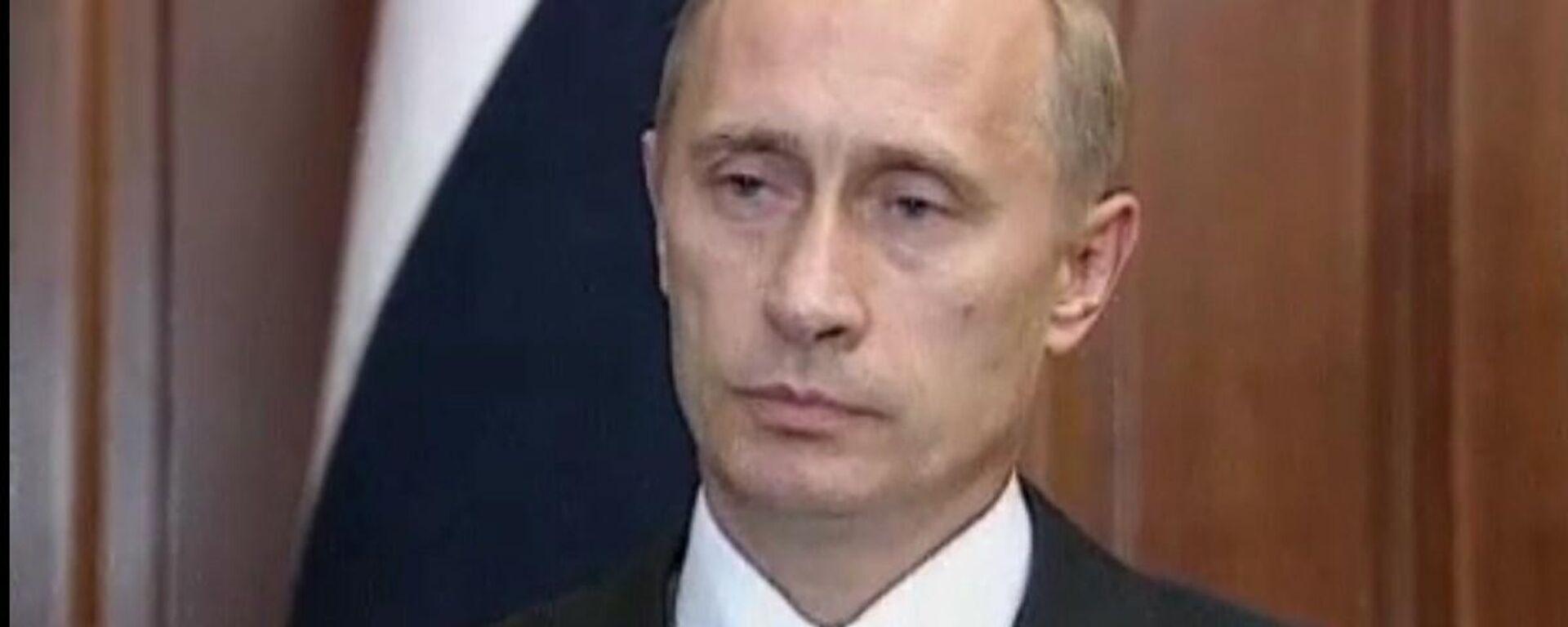 11 settembre, Putin nel 2001: Russia sa in prima persona cos'è il terrorismo, siamo con voi - Sputnik Italia, 1920, 11.09.2021