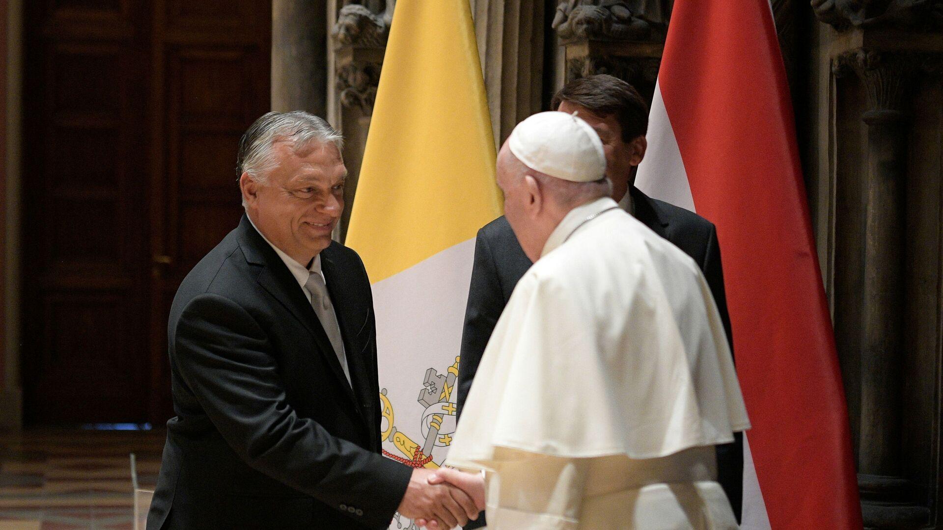 Papa Francesco incontra Viktor Orban - Sputnik Italia, 1920, 12.09.2021
