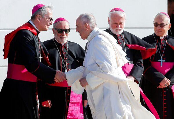 La giornata si è chiusa in nunziatura, dove Il Papa ha avuto un incontro con il Presidente del Parlamento e il Primo ministro della Repubblica Slovacca. - Sputnik Italia