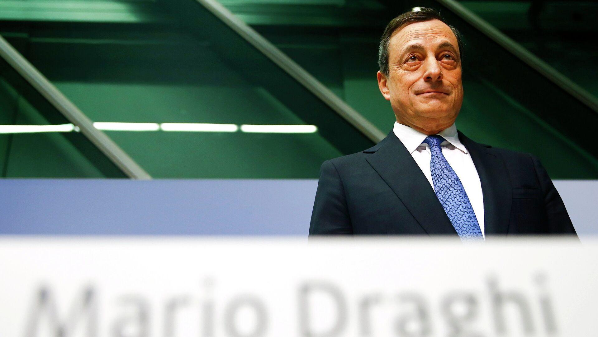 Presidente Mario Draghi alla conferenza di ECB a Francoforte. Il 22 gennaio 2015 - Sputnik Italia, 1920, 03.02.2021