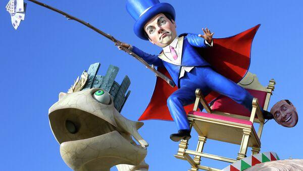 A float depicting Italian Premier Matteo Renzi is shown at the traditional Viareggio Carnival parade in Viareggio - Sputnik Italia