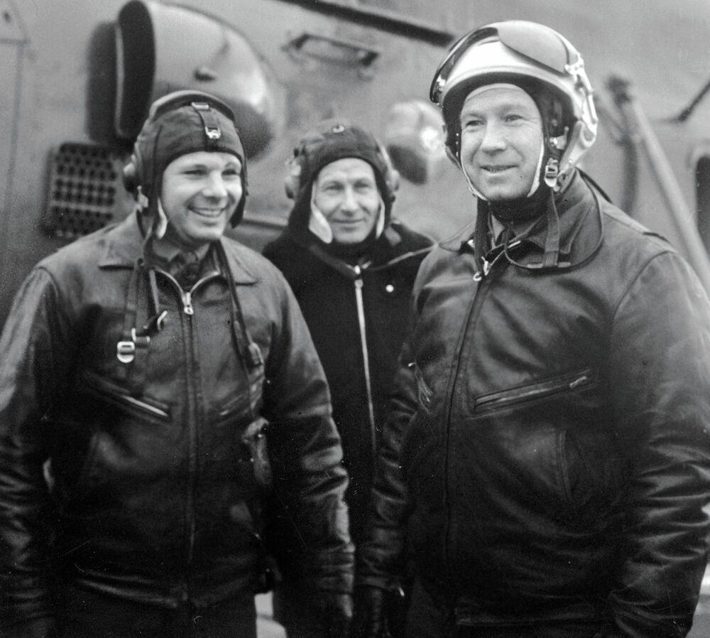 I cosmonauti Yuri Gagarin e Alexei Leonov