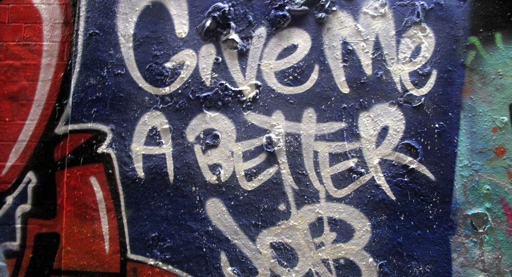 Datemi un lavoro migliore - un murales che traduce il desiderio di molti giovani italiani