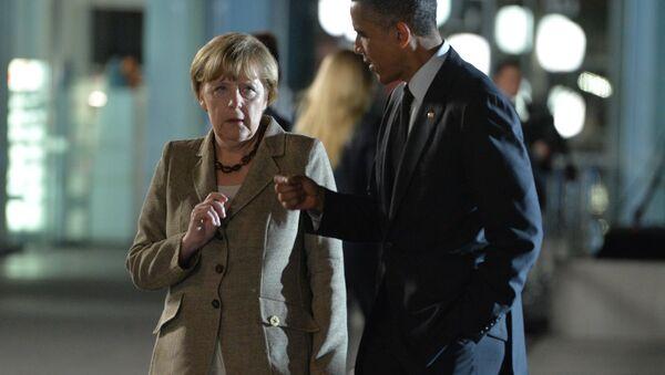 Barack Obama und Angela Merkel - Sputnik Italia