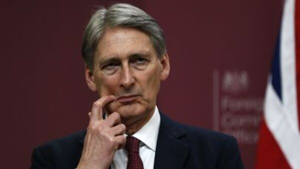 Il Ministro degli Esteri britannico Philip Hammond - Sputnik Italia