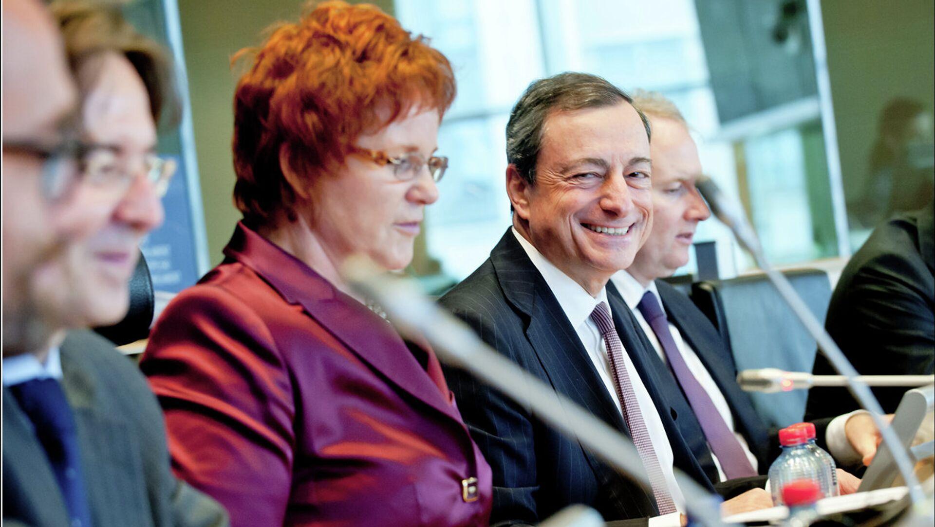 Chi è Mario Draghi, il nuovo premier incaricato - Sputnik Italia, 1920, 03.02.2021