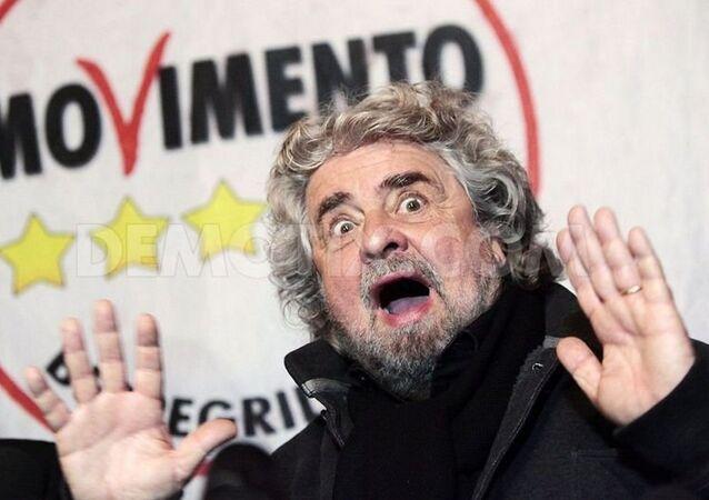 """il """"Movimento 5 Stelle"""" è riuscito a raccogliere 100 mila firme per organizzare un referendum sull'uscita dell'Italia dalla eurozona."""