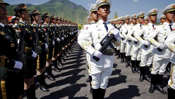I militari cinesi si preparono alla parata - Sputnik Italia