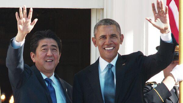 Premier del Giappone Shinzo Abe e presidente USA Barack Obama - Sputnik Italia