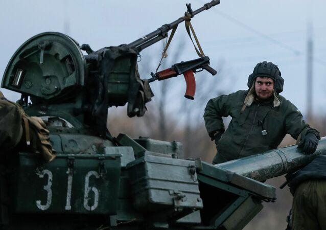 Tank ucraino nel Donbass (foto d'archivio)