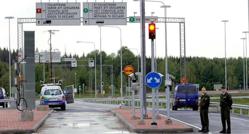Confine tra Finlandia e Russia (foto d'archivio)