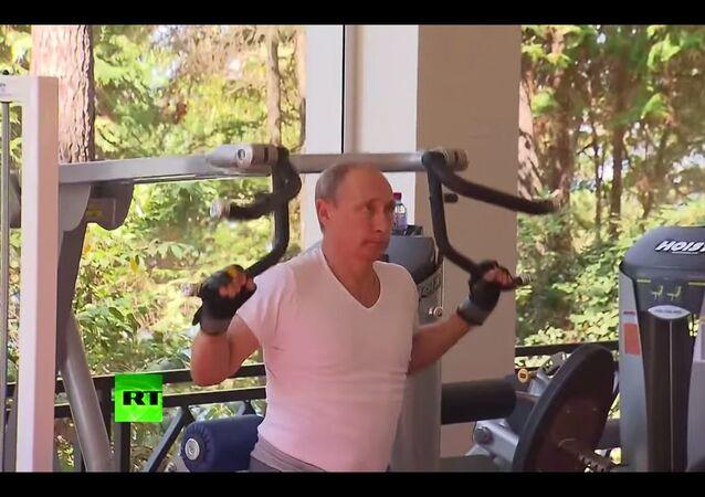 Putin da un bel esempio alla gioventù