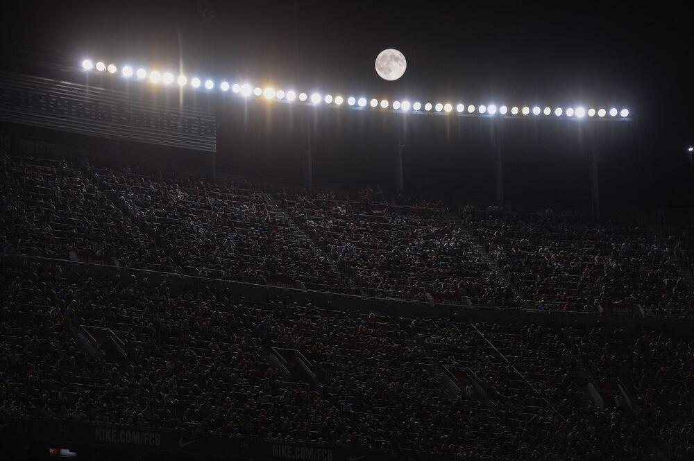 Superluna in Spagna