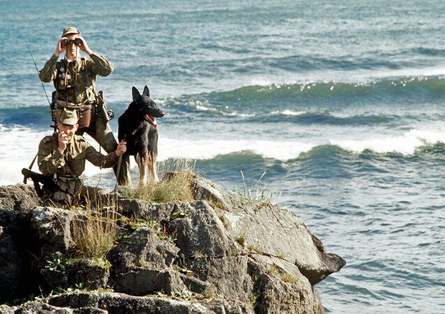 Polizia frontiera ai Curili