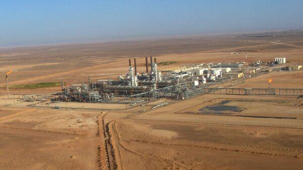 Estrazione del gas neturale in Algeria - Sputnik Italia